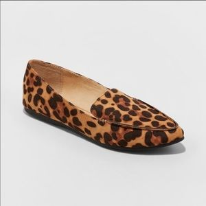 LEOPARD POINTY FLATS